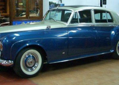 autoclassics-alquiler-de-coches-clasicos-taller-y-restauracion07