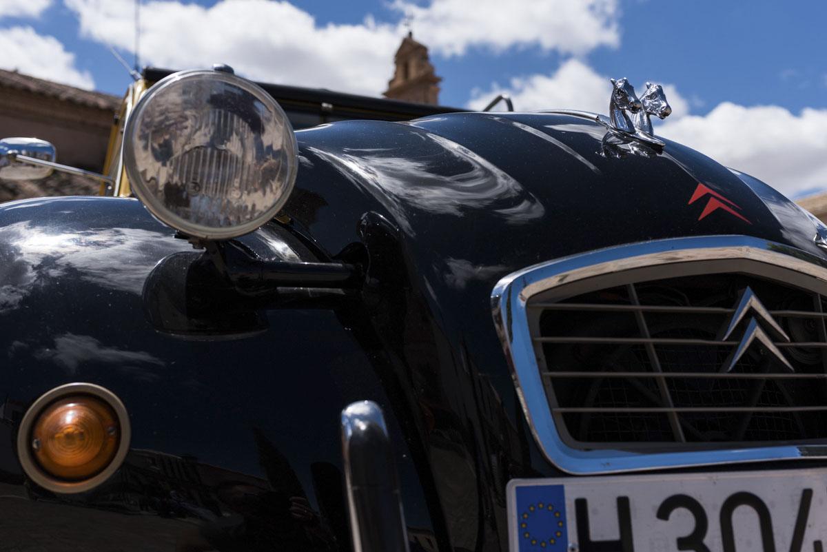 alquiler-de-coches-clasicos-cadillac-citroen-2cv (4)
