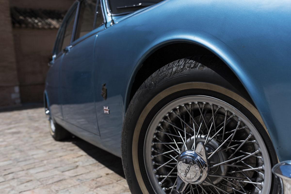 alquiler-de-coches-clasicos-jaguar-MKII (10)
