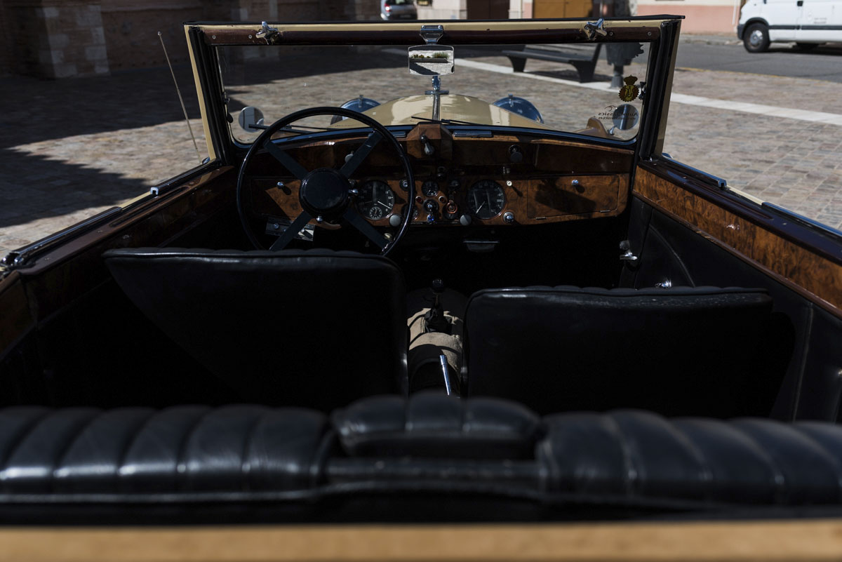 alquiler-de-coches-clasicos-jaguar-mkiv (4)