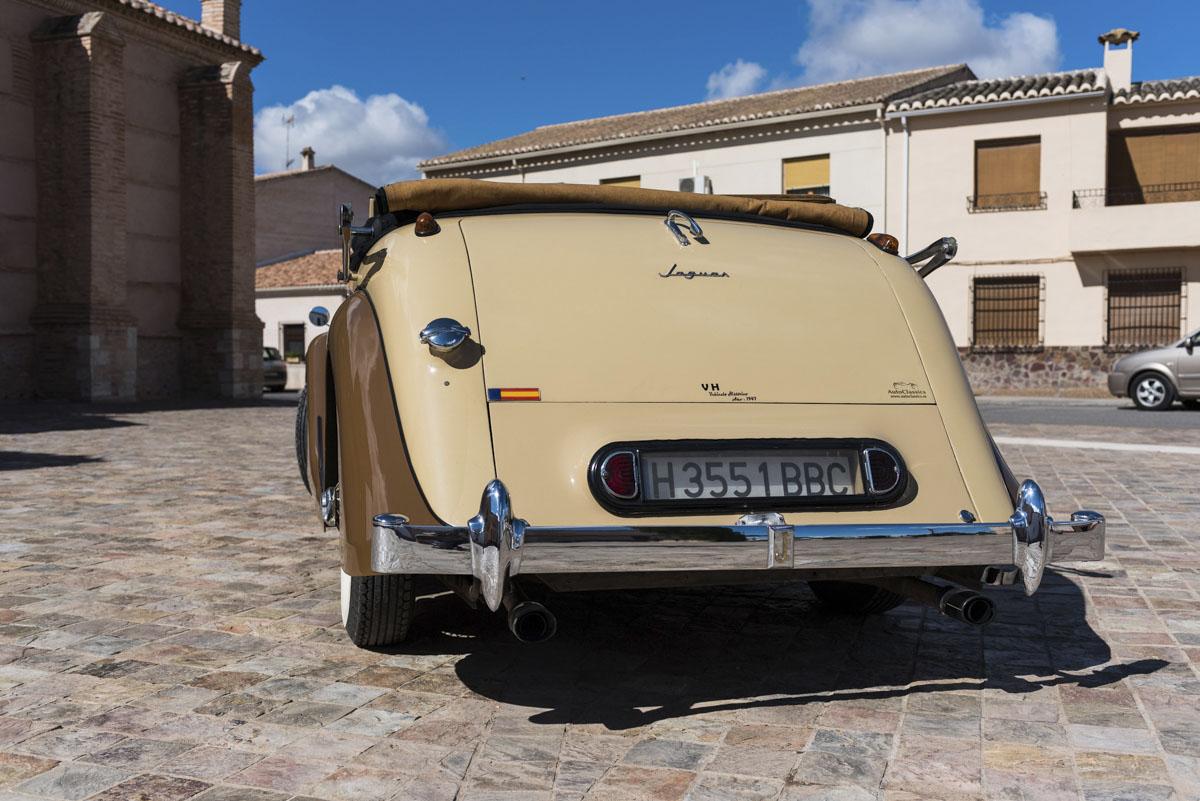 alquiler-de-coches-clasicos-jaguar-mkiv (5)